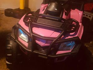 Pink 4 wheeler for Sale in Boynton Beach, FL