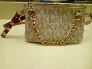 Michael Kors waist / hip bag. for Sale in Sacramento, CA