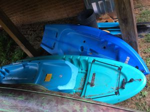 4 sit on top kayaks for Sale in Ford, VA