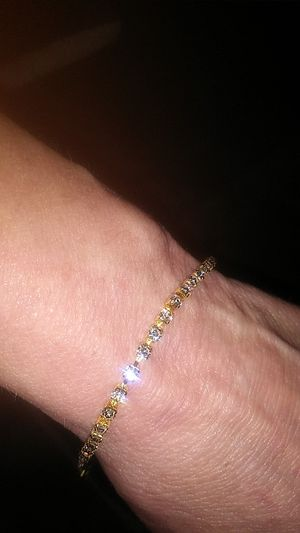 7 inch crystal bracelet for Sale in Prattville, AL