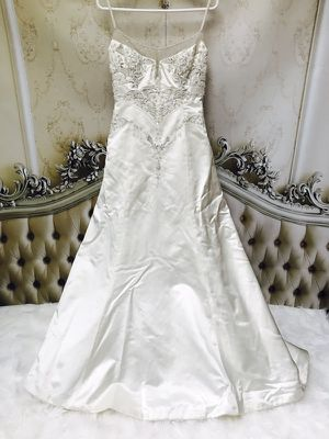 Badgley Mishka Wedding Dress/ Size 8 for Sale in Perth Amboy, NJ
