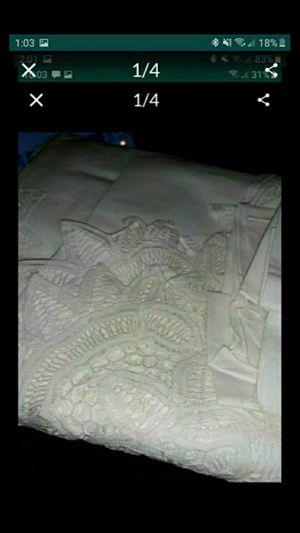 "IL. 108x60"" white cotton lace tablecloth with 14 napkins for Sale in Bolingbrook, IL"