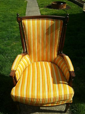 Antique Chair for Sale in Columbus, OH