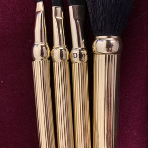 DIOR GOODTONE MAKEUP BRUSHES for Sale in Schertz, TX