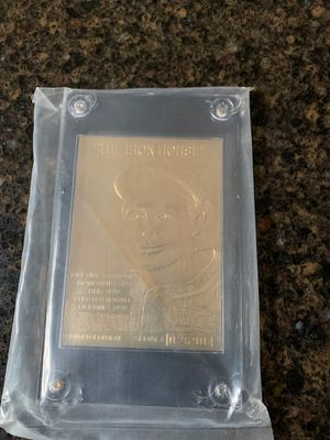 Gold Baseball card Lou G for Sale in Federal Way, WA