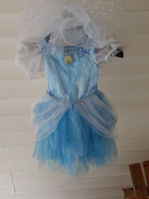 Disney brand Cinderella Costume size 3 t for Sale in Snellville, GA