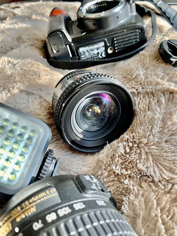 Nikon D40 Camera with 3 FREE Lens, extra flash, camera bag, and battery!