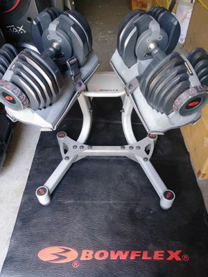 Bowflex select tech 552 dumbbells and the Bowflex weight stand. for Sale in Miramar, FL