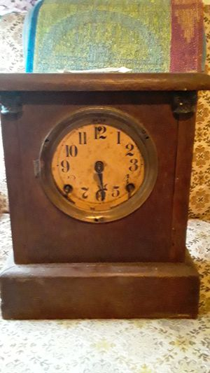 Antique wooden clock with brass fittings for Sale in Paulsboro, NJ