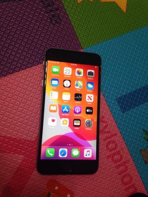 iPhone 6s Plus 32 gb factory unlocked for Sale in Las Vegas, NV