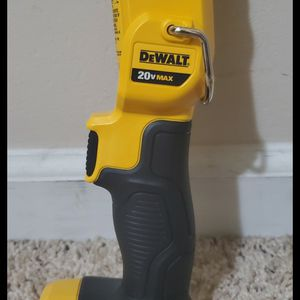 Brand new never used DEWALT 20-Volt Max Lithium-Ion LED Worklight $$ 35 firm for Sale in Bakersfield, CA