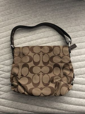 Over the shoulder coach bag for Sale in Odenton, MD
