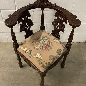19th Century Italian Renaissance Hand Carved Corner Chair for Sale in Phoenix, AZ