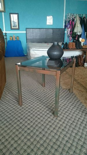 Glass End Table for Sale in Buffalo, NY