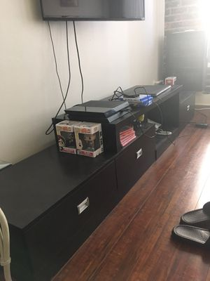 Long tv stand / console for Sale in Los Angeles, CA