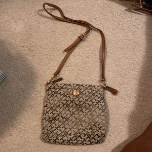 Tommy Hilfinger Purse for Sale in Peoria, IL