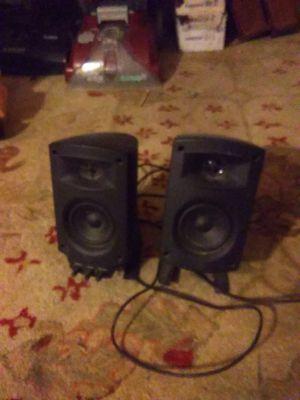 Klipsch an Fisher speaker set for Sale in Cleveland, OH
