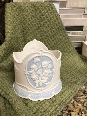 Victorian porcelain candle holder vtg for Sale in Dallas, TX