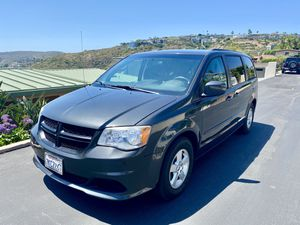 2012 Dodge Grand Caravan Minivan SXT for Sale in Laguna Beach, CA