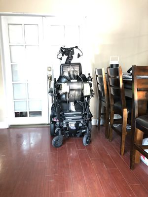 Invacare motion concept costum designed power wheelchair for Sale in West Covina, CA