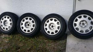 Lexus ls 400 wheel and tires for Sale in West Palm Beach, FL