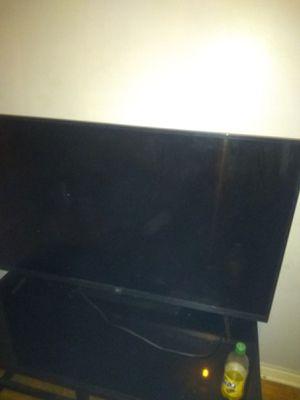 50 inch smart TV LG for Sale in Detroit, MI