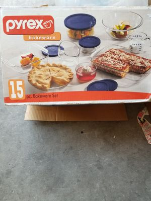 Pyrex bakeware for Sale in Henderson, NV