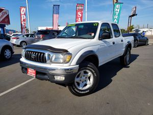 Toyota Tacoma super clean for Sale in San Diego, CA