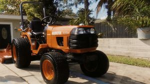 WellMaintained2005 Kubota B7510 Diesel Fuel Injection for Sale in Dallas, TX