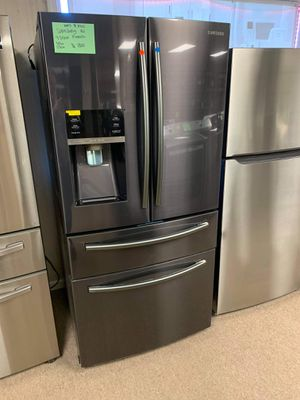 Brand New 33W Samsung Black Stainless 4 Door French Door Refrigerator for Sale in Moyock, NC