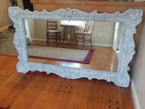 Beautiful Vintage Mirror for Sale in Stafford, VA