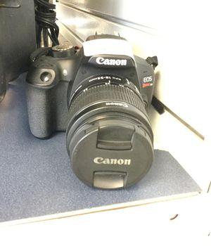 Canon t6 camera for Sale in Oak Park, IL