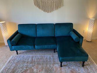 Velvet Green Sleeper Sectional—Like New! for Sale in Nashville,  TN