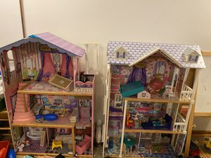 Doll houses 2 for Sale in Villa Park, IL