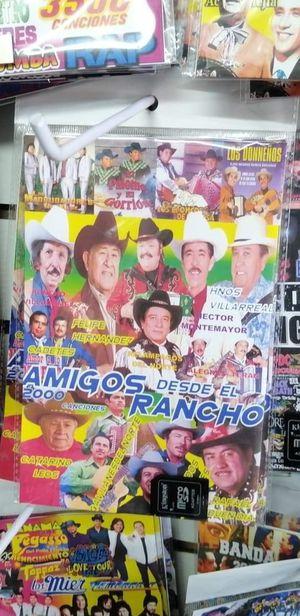 Memorias de musica mi raza para estos dias de fiestas kien dijo yo for Sale in Mesquite, TX