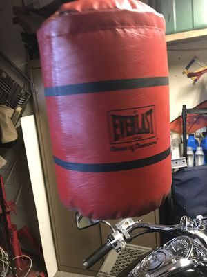 Boxing boxer's Punching bag (speed bag) for Sale in Laguna Niguel, CA