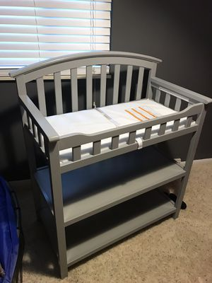 Graco changing table for Sale in Columbus, OH