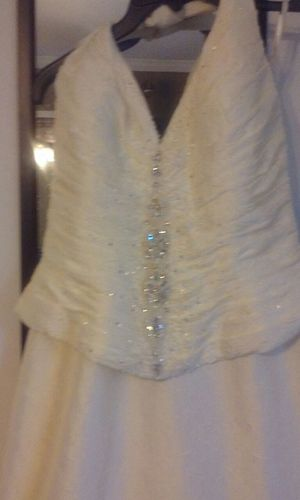 Wedding dress with veil for Sale in Nashville, TN