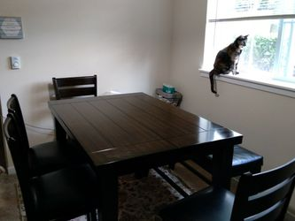 Dark Wood Kitchen Table Set for Sale in Issaquah,  WA