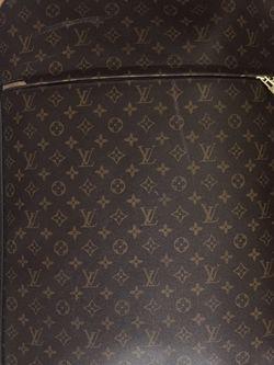 Louis Vuitton Monogram Pegases 70 for Sale in Orlando,  FL