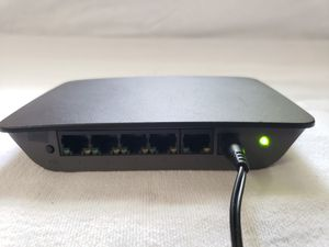 Linksys SE2500 5-Port Gigabit Ethernet Switch for Sale in Hollywood, FL