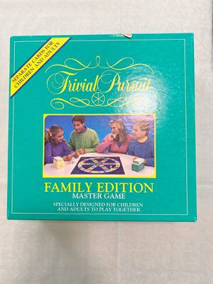 Parker Trivial Pursuit Family Edition for Sale in San Francisco, CA