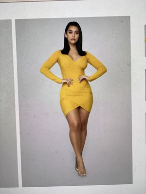 Mustard Dress Size: XS for Sale in Tallahassee, FL