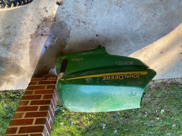 John Deere LT 150 lawnmower