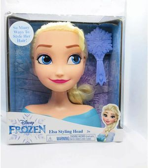 """Disney Frozen Elsa 7"""" Styling Head Brush Included Many Ways to Style Hair News for Sale in Hemet, CA"""