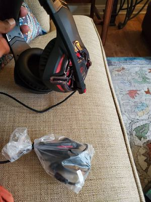 Gaming Headphones with Mic for Sale in Houston, TX