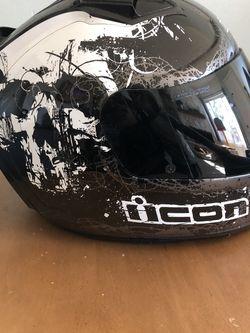 Icon Motorcycle Helmet for Sale in Baldwin Park,  CA