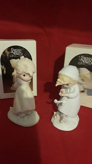 VINTAGE PRECIOUS MOMENTS WINTERS SONG & AUTUMNS PRAISE ORIG BOXES for Sale in Pompano Beach, FL