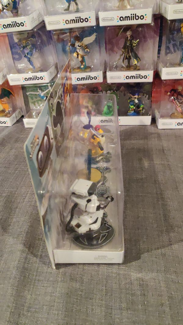Retro 3 pack ROB, Mr. Game and Watch, Duck Hunt Amiibos