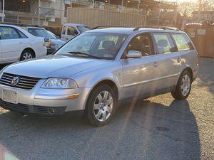 VW passat 2003 clean title for Sale in Arlington, VA